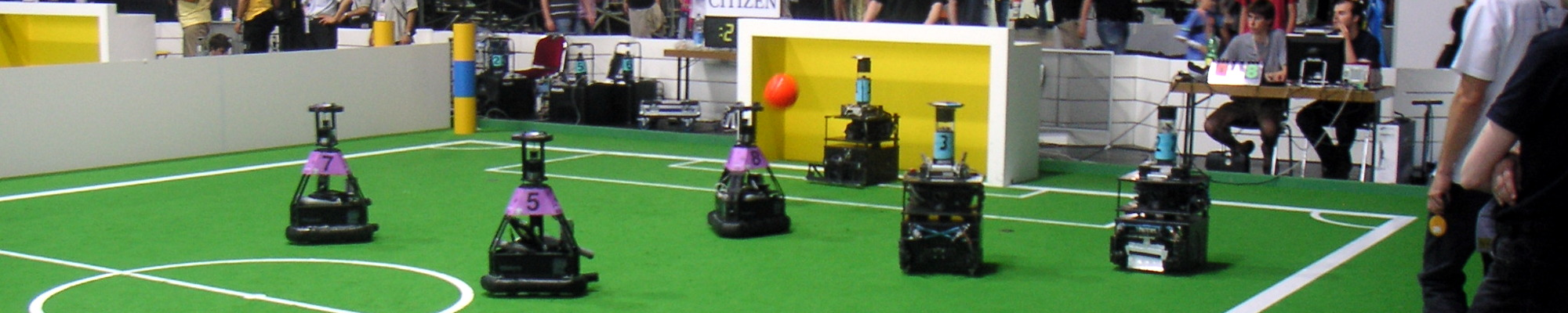 AllemaniACs' Hector defending the goal (RoboCup 2006, Bremen, Germany)